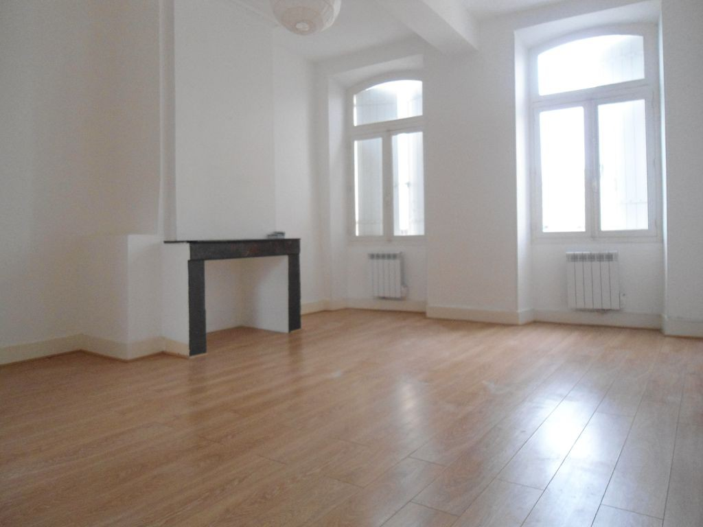 Annonce location appartement libourne 33500 67 m 540 for Appartement libourne